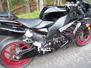 2007 ZX10R SPECIAL EDITION BLACK/FLAME GRAPHICS
