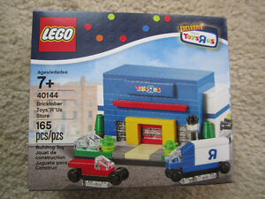 Toys R Us Bricktober 2015 Toys R Us Store