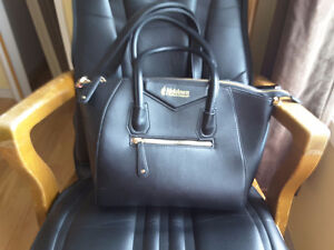Melaleuca Leather Ladies Bag