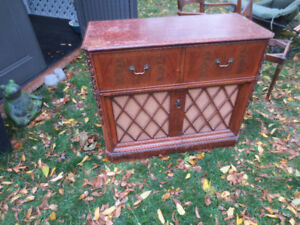 Antique Electrohome Radio Cabinet w Record Player