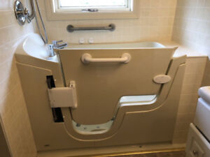 Seabridge Walk In Tub with 16 Air Massager Jets EUC