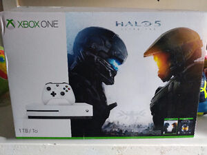 1TB XBOX ONE S with 2 games
