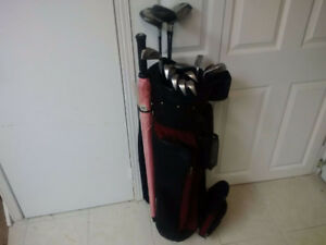 Ladies Golf Clubs, Right Hand, Golf Bag and Umbrella Included