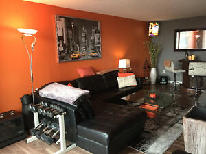 2 Bed, 2 Bath near Wortley updated w/ modern Kitchen