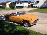 1970 MG with spoked rims
