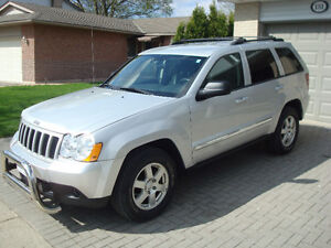 2010 Jeep Grand Cherokee Laredo 4 X 4
