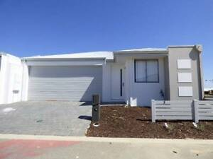 BRAND NEW FAMILY HOME WALKING DISTANCE TO SHOPPING CENTRE Southern River Gosnells Area Preview