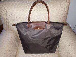 sac a main brun