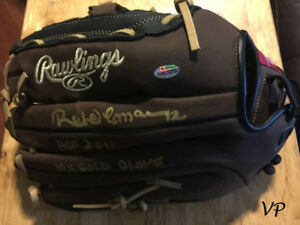 ROBERTO ALOMAR Autographed Blue Jays Authentic Baseball Glove