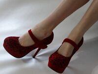 Women's Well Worn FABULOUS Red Suede Mary Jane Platform Stilettos Heels size 7.5