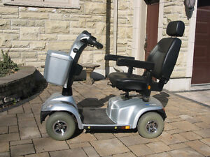 Invacare Pegagus 4 wheel Scooter with Charger. LIKE NEW !