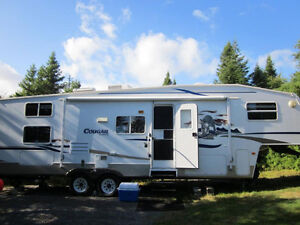 2006 30' cougar fifth wheel
