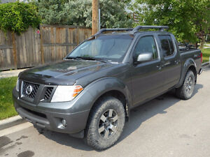 2009 Nissan Frontier PRO-4X Truck - Leather, Sunroof, Loaded