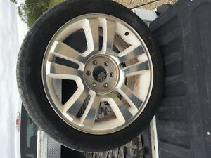 """Wanted: 2008 Ford F-150 limited factory 22"""" truck rim"""