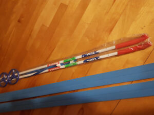 Child/Youth Cross country Skis n Poles