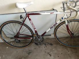 Vintage Raleigh winner Road race bike.