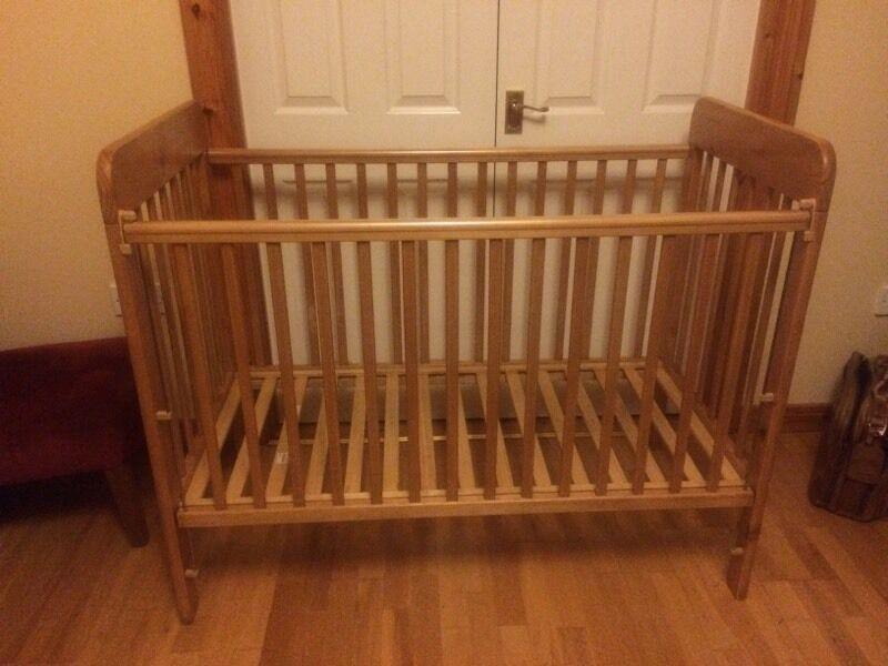 Cosatto baby cot