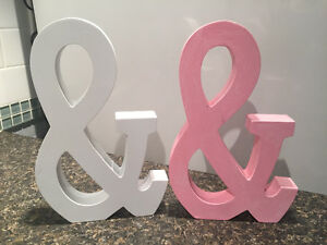 & sign for weddings or photo prop