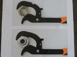 Multiple functional fast wrench set