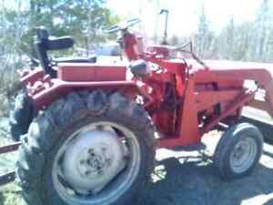 1971 Belarus Farm Tractor: Model 250A