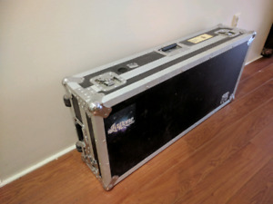 """Case / Coffin w/ wheels for CDJs and 10"""" mixer"""