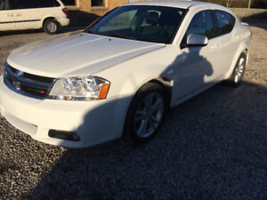 2013 Dodge Avenger 53,000 KMS!