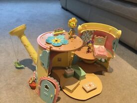 Fifi & the flower tots play house set