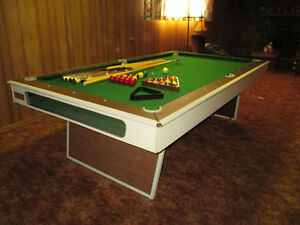 Brunswick Century 100 Pool Table