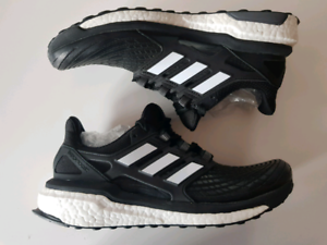 *NEW* ADIDAS ENERGY BOOST US Mens size 9