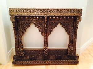Double hand carved wooden frame West Island Greater Montréal image 1