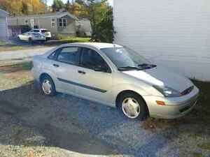 2004 Ford Focus for parts