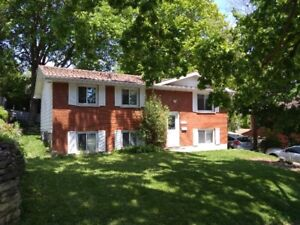 Home with 2 bedrooms for rent - Trent students