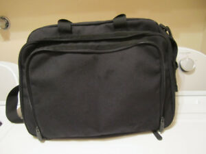 LAPTOP  CASE /  EDDIE  BAUER