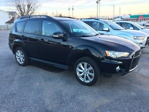 Mitsubishi Outlander LS 2013 AWD ( 7 Passagers )