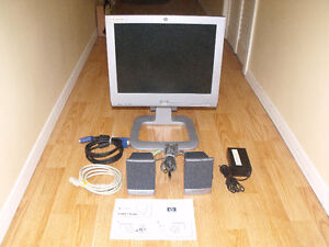 HP 15 inch Monitor with Speakers