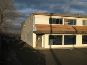 Commercial Service Bay and offices - $325000 (1 740 Waddington V