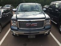 2011 Sierra 1500 extended cab - * Like new*