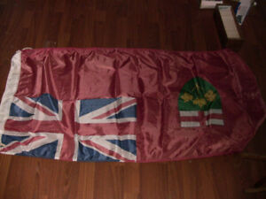 5 OLD FLAGS FOR SALE IN GREAT CONDITION 40 YEARS OLD