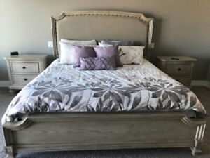 King Size Bed and Mattress set for Sale
