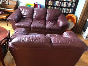 Astounding Couch Buy And Sell Furniture In Winnipeg Kijiji Classifieds Pdpeps Interior Chair Design Pdpepsorg