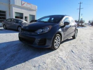 2016 Kia Rio EX! Bluetooth! AC! PRICE DROP!! LOOK CLEAN RIO
