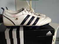 Adidas Cleats/ Taquetes Adidas + Shinguards/Jambière Soccer