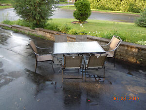 PATIO SET:  TABLE & 6 CHAIRS