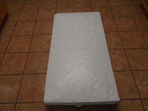 TWIN MATTRESS  FOR YOUTH BED