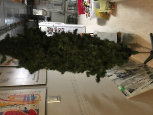6' artificial Christmas tree on stand