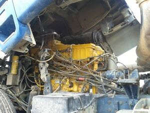 1980 FORD CL9000 Cabover COE semi truck tractor . Regina Regina Area image 7