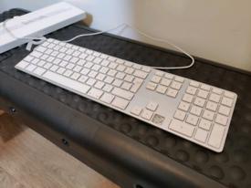 Apple full wired keyboard