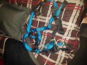 ,Tractel harness versatile