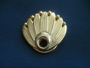 QUAINT OLD VINTAGE HI-SHINE GOLDTONE SCARF CLIP