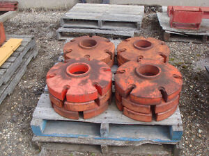 Tractor wheel weight